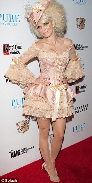 AnnaLynne McCord as  Marie Antoinette